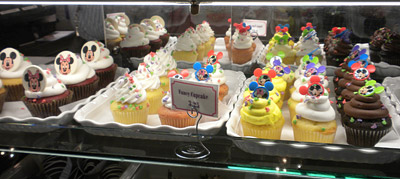 Disneyland Tour: Candy Palace sweets