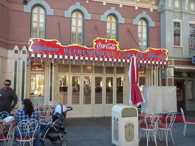 Disneyland Tour: Coca-Cola Corner