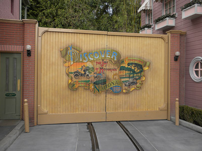 Disneyland Tour: Vehicle entrance