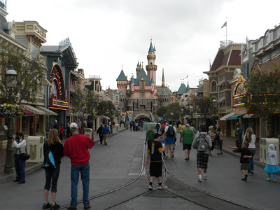 Disneyland Tour: The view down Main Street