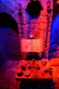 Snow White's Scary Adventures queue dungeon model